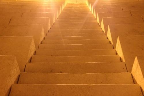 stairs-106933_960_720.jpg