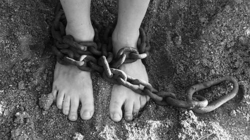 chains-19176__340.jpg