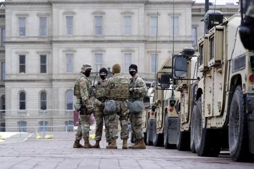 army preparing for potentiel violence Er9H4NbVgAAM5vs.jpg